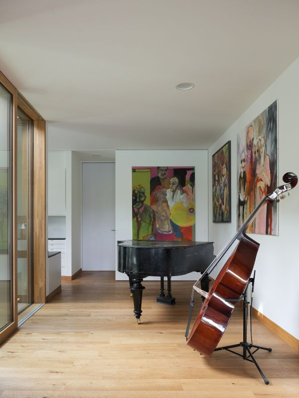 music room Haus am See by Carlos Zwick