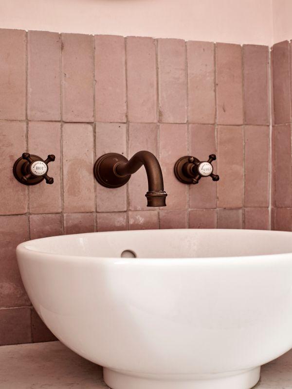 sink Renovation of a Stunning 1930s Detached Home by Yoko Kloeden Design